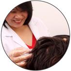 """Clinique de perte de cheveux du Centre Belgravia - Consultation spécialisée en perte de cheveux """"width ="""" 150 """"height ="""" 150 """"/> The Belgravia Center ----------------- ----------------- </h2> <p> <strong> Le Belgravia Center </strong> est le leader du traitement de la perte de cheveux au Royaume-Uni, avec deux cliniques basées dans le centre de Londres. Si vous vous inquiétez de la perte de cheveux, vous pouvez <strong> organiser une consultation gratuite </strong> avec un expert en perte de cheveux ou compléter notre <strong> Formulaire de consultation en ligne </strong> de n'importe où au Royaume-Uni ou dans le reste du monde. Consultez nos <strong> Histoires de réussite de perte de cheveux </strong>qui constituent la plus grande collection de ces réussites au monde et démontrent les niveaux de succès que tant de patients de Belgravia ont atteint. Vous pouvez également téléphoner <strong> 020 7730 6666 </strong> à tout moment pour notre ligne d'assistance pour perte de cheveux ou pour organiser une consultation gratuite. </p> <hr class="""