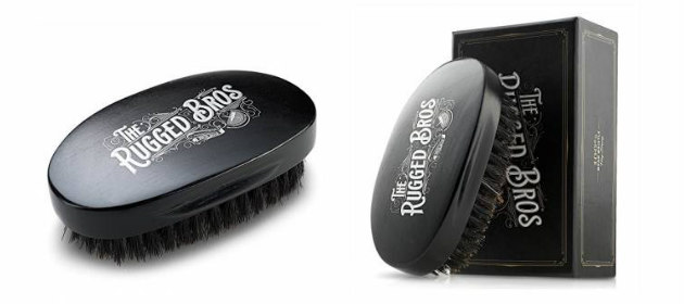 idée de cadeau de barbe de noël brosse de barbe &quot;width =&quot; 630 &quot;height =&quot; 280 &quot;/&gt; </p> <p> <strong> La brosse de poils Rugged Bros Boar </strong> est au top de la ligne lorsqu&#39;il s&#39;agit de brosses de barbe. Tout beardsman vous dira que l&#39;une des meilleures manières de garder la saleté dans la barbe tout en apprivoisant et entraînant la barbe et la moustache, il faut utiliser une brosse de barbe de qualité. Mais pas n&#39;importe quelle sorte de pinceau! Vous ne trouverez pas de poils nailon, de plastique ou de synthèse bon marché dans celui-ci, au lieu de cela, les bros robustes vous apportent des poils de sanglier à 100% dans ce que je crois est la meilleure densité et la même forme à utiliser pour le brossage quotidien de la barbe. La conception et la qualité supérieures de ce produit en font le numéro n ° 6 sur la liste des meilleurs cadeaux de barbe. </p> <p> <strong> Où acheter: <span style=