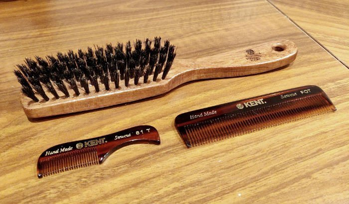 "peigne et brosse à barbe ""width ="" 700 ""height ="" 410 ""srcset ="" https://coiffure-romanyck.fr/wp-content/uploads/2019/01/beard-brush-and-combs.jpg 700w, https: / /beardresource.com/wp-content/uploads/2019/01/beard-brush-and-combs-300x176.jpg 300w, https://beardresource.com/wp-content/uploads/2019/01/beard-brush- and-combs-696x408.jpg 696w ""tailles ="" (largeur maximale: 700px) 100vw, 700px"