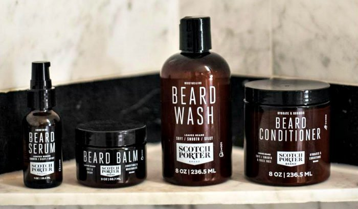"kit de conditionnement de la barbe scotch porter ""width ="" 700 ""height ="" 410 ""srcset ="" https://coiffure-romanyck.fr/wp-content/uploads/2019/01/scotch-porter-beard-conditioning-kit.jpg 700w, https://beardresource.com/wp-content/uploads/2019/01/scotch-porter-beard-conditioning-kit-300x176.jpg 300w, https://beardresource.com/wp-content/uploads/2019/01 /scotch-porter-beard-conditioning-kit-696x408.jpg 696w ""tailles ="" (largeur maximale: 700px) 100vw, 700px"