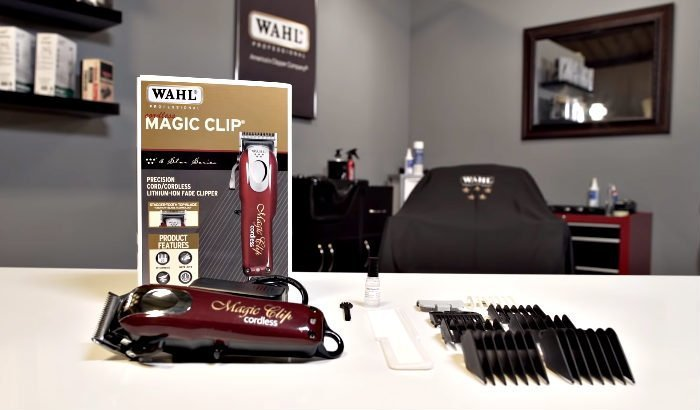 "wahl magic clip ""width ="" 700 ""height ="" 410 ""srcset ="" https://coiffure-romanyck.fr/wp-content/uploads/2019/03/wahl-magic-clip.jpg 700w, https: // beardresource. com / wp-content / uploads / 2018/12 / wahl-magic-clip-300x176.jpg 300w, https://beardresource.com/wp-content/uploads/2018/12/wahl-magic-clip-696x408.jpg 696w ""tailles ="" (largeur maximale: 700px) 100vw, 700px"