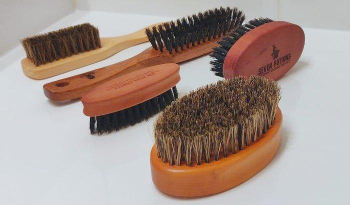 "beard brushes ""width ="" 700 ""height ="" 410 ""srcset ="" https://coiffure-romanyck.fr/wp-content/uploads/2019/04/beard-brushes.jpg 700w, https://beardresource.com/wp -content / uploads / 2019/04 / beard-brushes-300x176.jpg 300w, https://beardresource.com/wp-content/uploads/2019/04/beard-brushes-696x408.jpg 696w ""tailles ="" (max. -width: 700px) 100vw, 700px"
