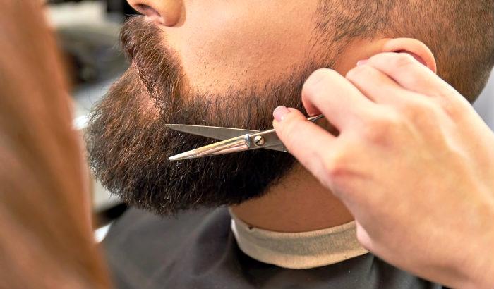 comment couper une moustache hongroise
