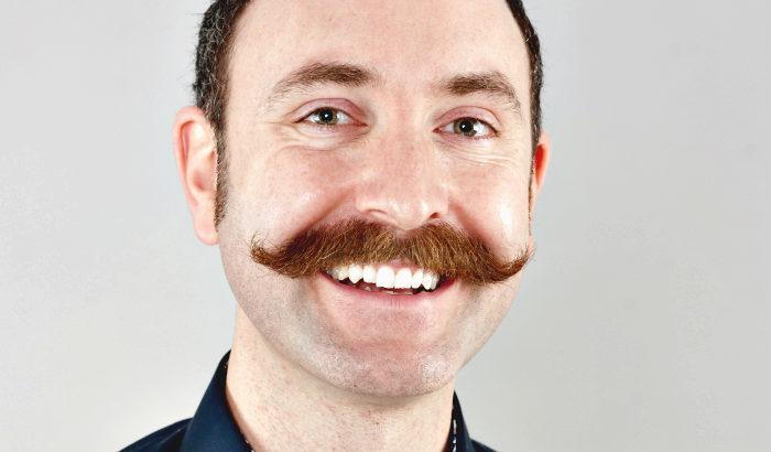 moustache hongroise pure